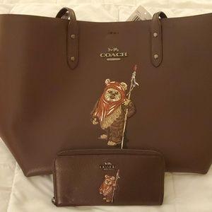 Star wars coach ewok tote & wallet